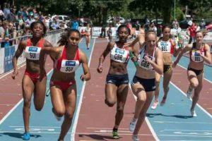 corredoras de elite en una carrera