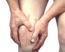 dolor por posible atrapamiento nervioso en cicatriz de cirugía de rodilla, si persiste a pesar de ser reoperardo